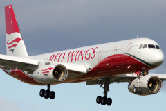 ra-64049-red-wings-tupolev-tu-204_11