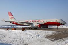 ra-64050-red-wings-tupolev-tu-204_9