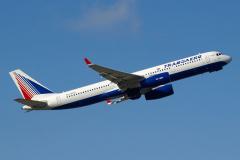 ra-64518-transaero-airlines-tupolev-tu-214_2