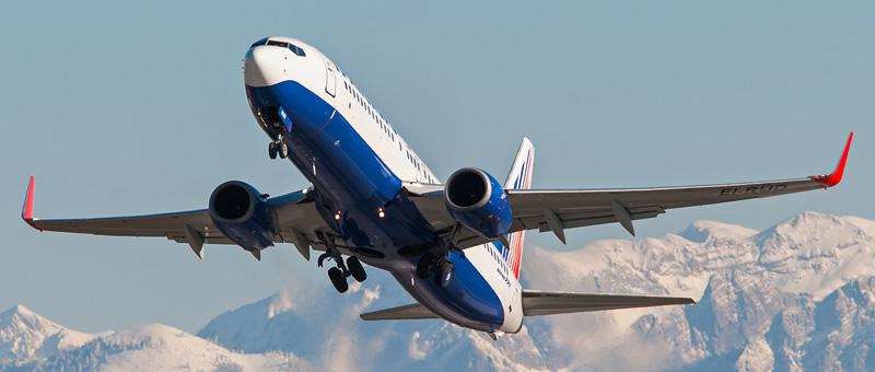 EI-RUD-Transaero-Airlines-Boeing-737-800