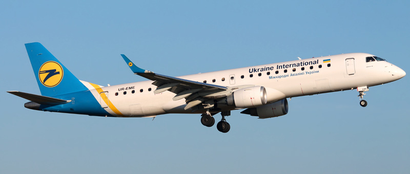 UR-EME-Ukraine-International-Airlines-Embraer-ERJ-190