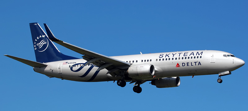 N381DN-Delta-Air-Lines-Boeing-737-800