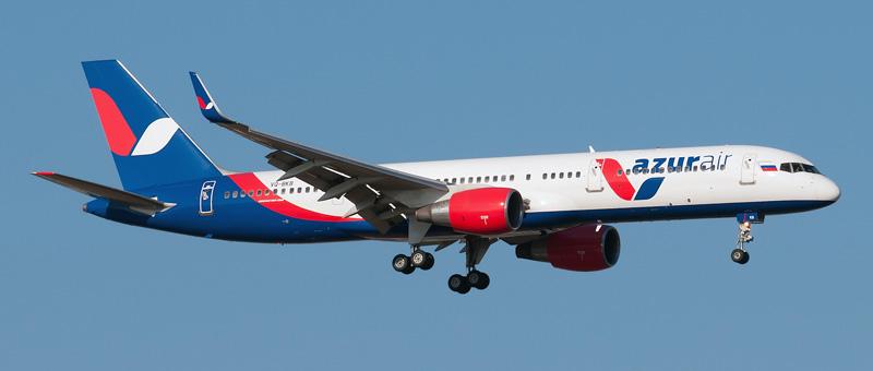vq-bkb-azur-air-boeing-757-2q8wl