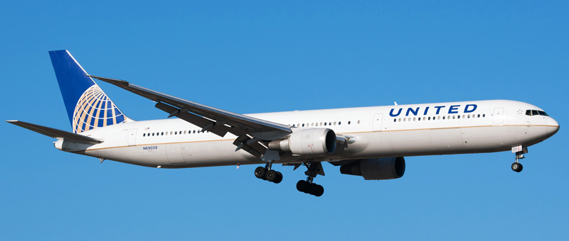 n69059-united-airlines-boeing-767-424er