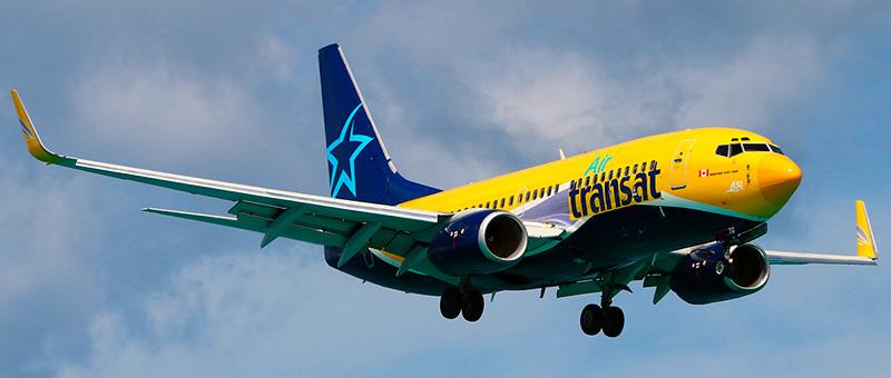 Air Transat Boeing 737-700