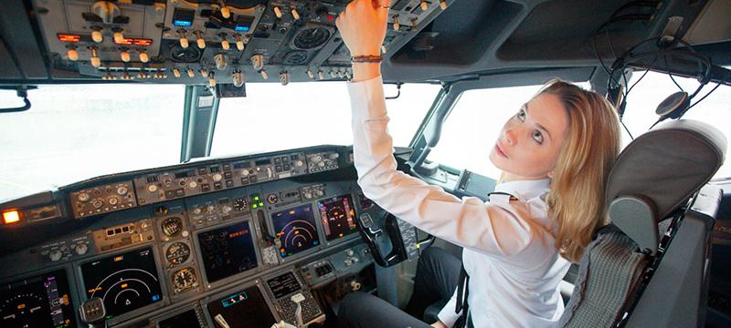Важен ли авиапассажирам пол пилота?